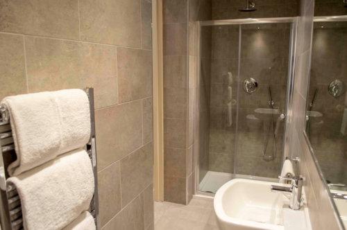 Blythswood Apartments Glasgow Bathroom