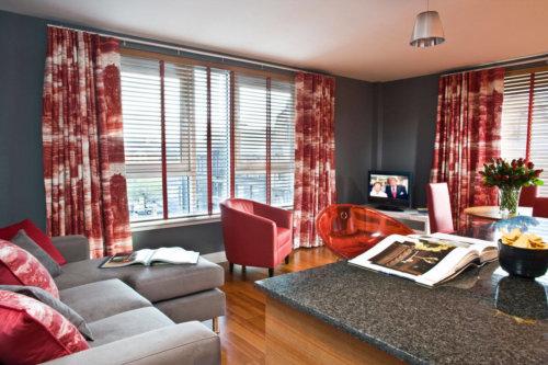 Glasgow City Centre Serviced Apartments Lounge