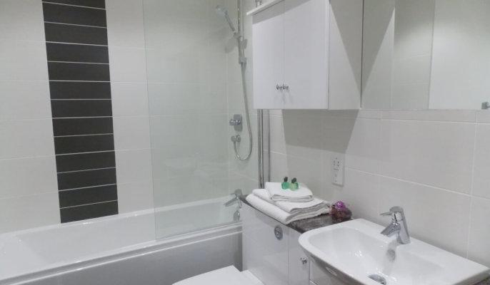 Aberdeen Craigieburn Park Bathroom