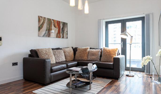 Dreamhouse City West Apartment Living Room