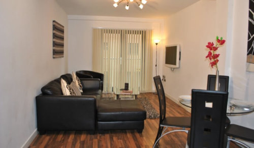 Serviced Apartments Manchester Bloom Living Area
