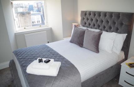Saint Vincent Street Apartments Glasgow Bedroom