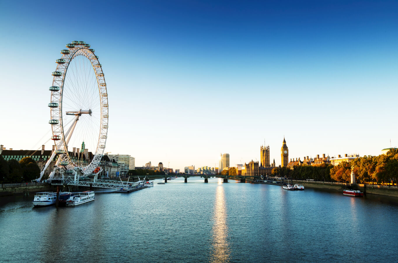 Last chance for a summer getaway! How about London?